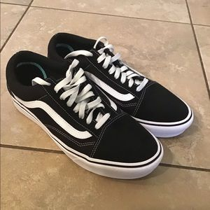 Vans Shoes - Black and white old Sokol Vans like new